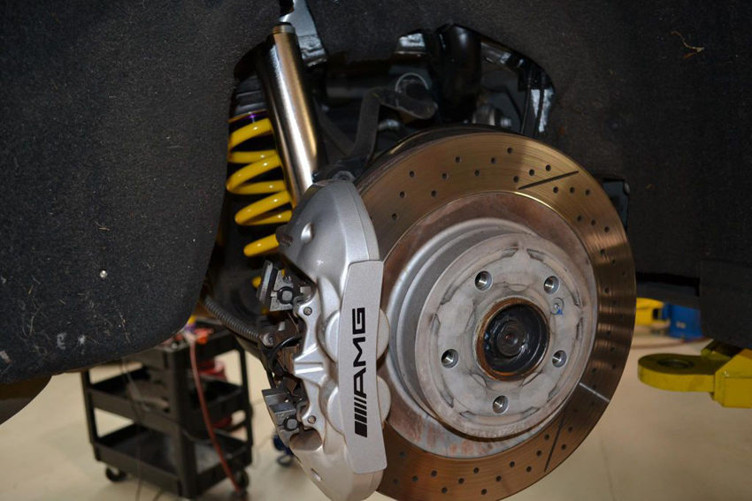 Mercedes Benz Brakes Replacement Calgary